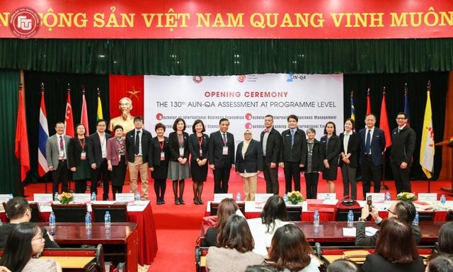 AUN - QA kiểm định 4 chương trình dạy bằng tiếng Anh của trường ĐH Ngoại thương  - Ảnh 1.
