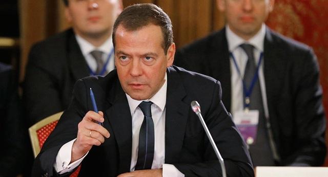 Thủ tướng Medvedev nói thẳng lý do Nga quay lưng với đô la Mỹ - Ảnh 1.