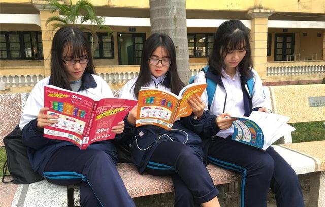Mega 2019 - Thỏa mong đợi của Teen lớp 12 về một bộ luyện đề chất lượng! - Ảnh 2.