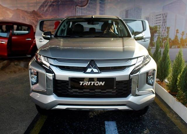 Mitsubishi Triton 2019 ra mắt tại Việt Nam, giá từ 730,5 triệu đồng - Ảnh 11.