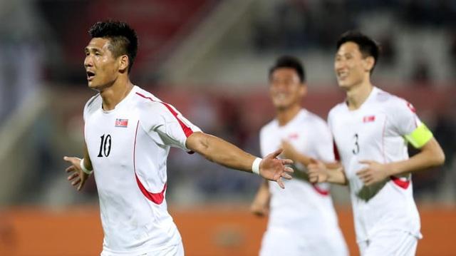 Lebanon thắng Triều Tiên 4-1, Việt Nam vào vòng 1/8 đầy nghẹt thở - Ảnh 14.