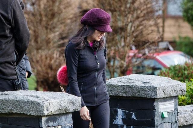 Công chúa Huawei vẫn mua sắm, đi nhà hàng dù bị giam lỏng ở Canada - Ảnh 1.