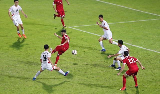 Lebanon thắng Triều Tiên 4-1, Việt Nam vào vòng 1/8 đầy nghẹt thở - Ảnh 4.