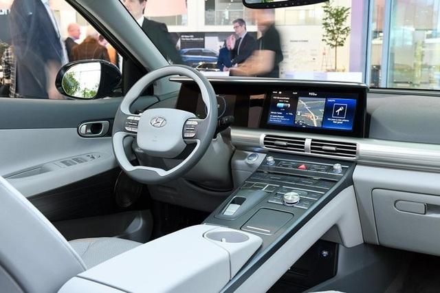 Hyundai Nexo dùng pin nhiên liệu hydro đầu tiên lăn bánh - 5