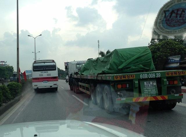 Kinh nghiệm lái xe gần xe công-ten-nơ, xe tải cỡ lớn - 4