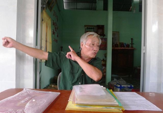 Ông Nguyễn Văn Mỹ - nguyên Trung đội trưởng du kích xã Ba Chúc kể lại tội ác của bọn Pôn Pốt trong 12 ngày chiếm đóng tại Ba Chúc