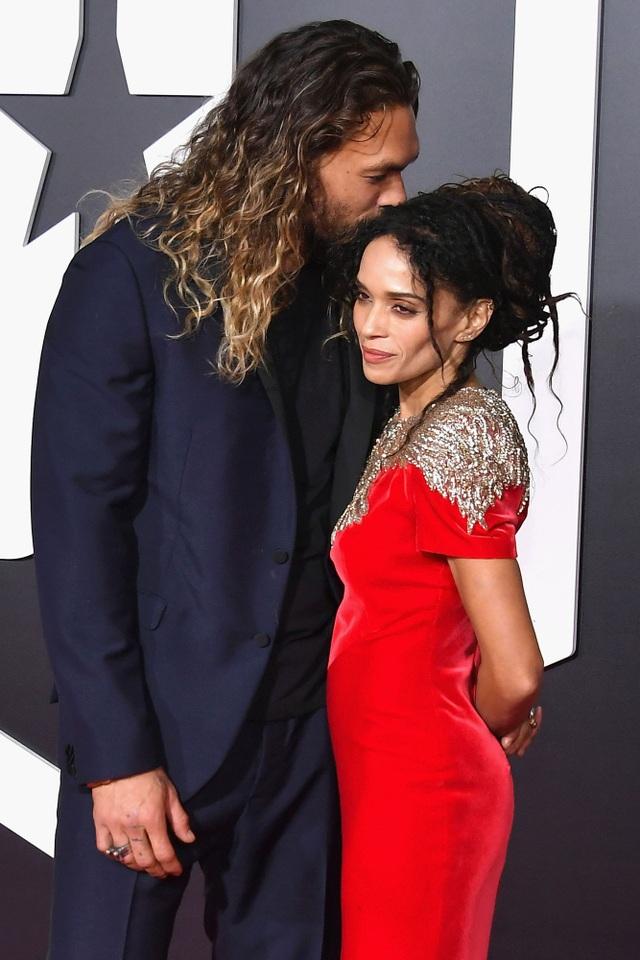 Jason và Lisa chính thức hò hẹn từ năm 2005 và có với nhau 2 mặt con, một gái và một trai. Tới năm 2017, họ quyết định tổ chức hôn lễ. Ở bên nhau càng lâu, Jason càng trân trọng và yêu vợ hơn.