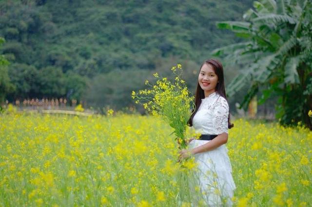 Thung Nham nổi tiếng với vườn chim trời hàng trăm nghìn con. Đến đây, ngoài được chiêm ngắm chim, du khách còn được check in những điểm tuyệt đẹp mà không nơi nào ở Ninh Bình có được.