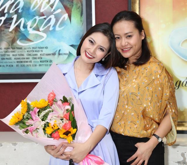 Trở lại với khán giả sau 6 năm tạm xa sân khấu, Ngọc Lan cho biết cô thực sự thấy hạnh phúc và tiếc nuối.