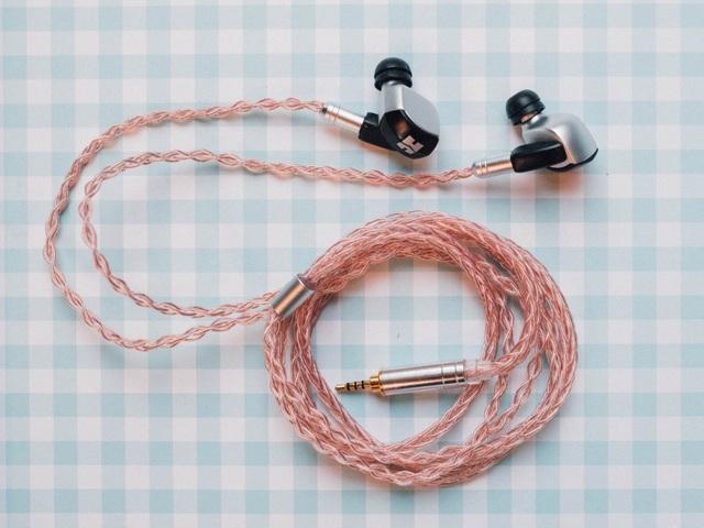 Tại sao vẫn nhiều người chuộng tai nghe có dây hơn tai nghe Bluetooth? - 2