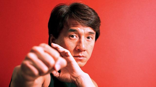 Thành Long (sinh năm 1954, hiện 64 tuổi)