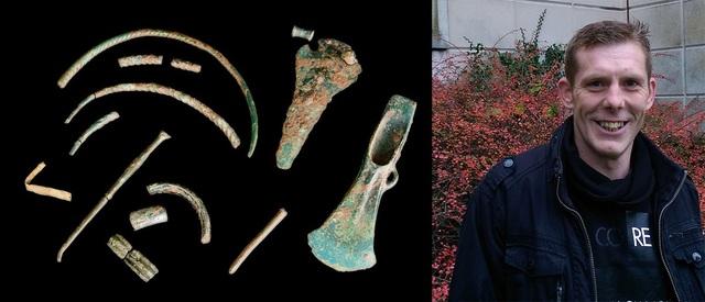 Anh Turton tìm được cả kho báu khổng lồ chỉ nhờ một chiếc máy dò kim loại. (Nguồn: South Wales Argus)