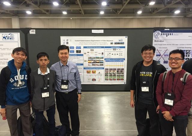 Tôn Thất Vĩnh (thứ 2 từ trái qua) tại Hội nghị CVPR 2018 diễn ra tại Salk Lake City, Mỹ