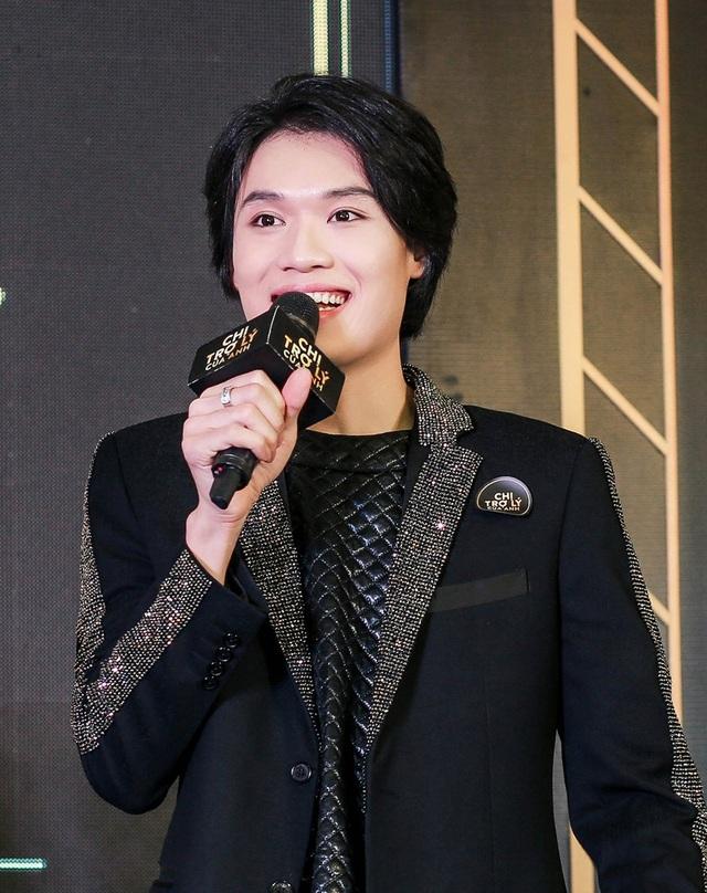Diễn viên hài Quang Trung đã có một vai diễn đầy ấn tượng trong phim của Mỹ Tâm. Anh được đánh giá khá cao về diễn xuất trong bộ phim điện ảnh đầu tiên.