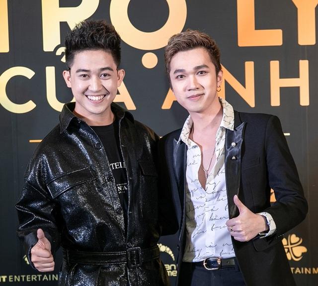 MC Trương Quốc Bảo, Minh Xù đảm nhận vai trò MC buổi ra mắt phim. Trương Quốc Bảo cũng có mặt trong phim với vai trò diễn viên.