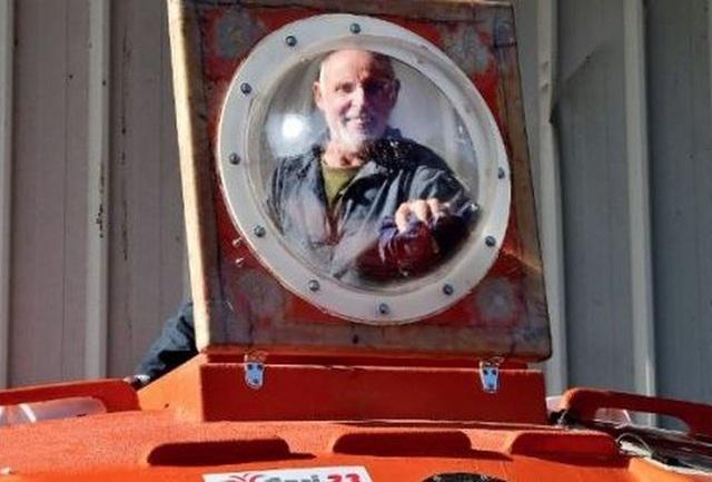 Người đàn ông vượt Đại Tây Dương bằng thùng, không cần chèo, buồm hay động cơ - 3