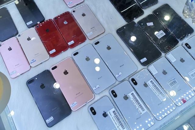 iPhone đã qua sử dụng hút khách đầu năm