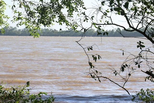 Khu vực xảy ra vụ chìm sà lan làm 3 người mất tích