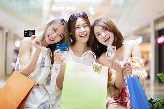 Ngân hàng cảnh báo tránh bị hack thẻ tín dụng mùa mua sắm cuối năm - 1