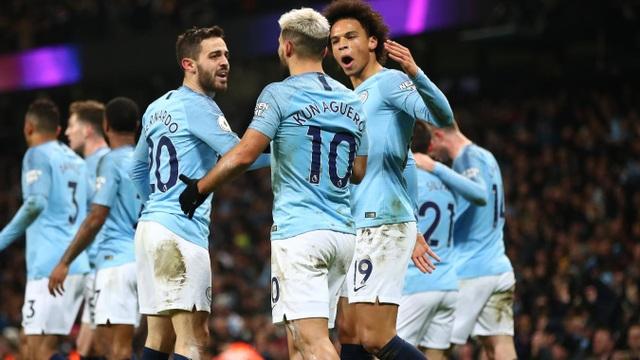 Niềm vui của các cầu thủ Man City với bàn thắng mở tỉ số đầy bất ngờ trước Liverpool