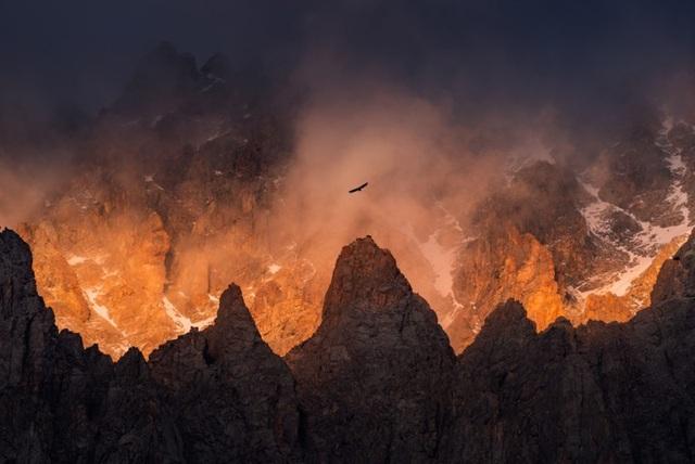 """Thiên nhiên hùng vĩ ở Kyrgyzstan đẹp đến """"nghẹt thở"""" - 4"""