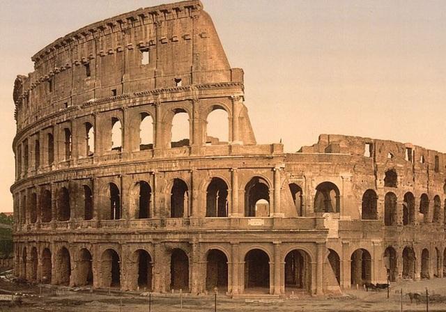 Đấu trường La Mã Colosseum, ở Rome, Ý.