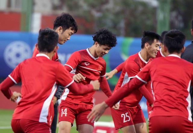 """Đội tuyển Việt Nam hứng khởi """"luyện công"""" chờ đấu Iran, Iraq - 12"""