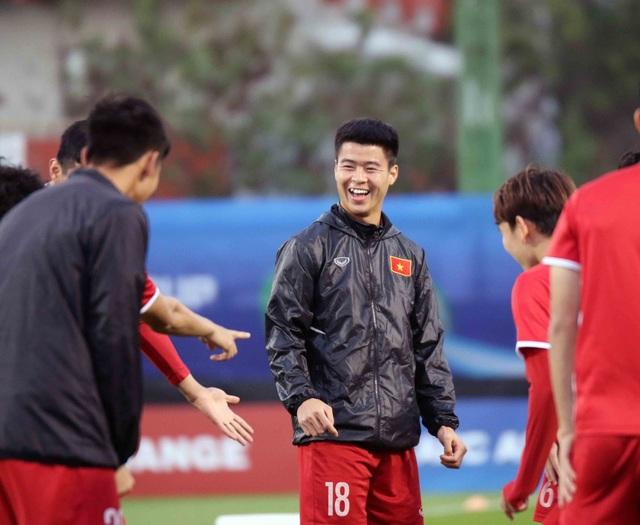 """Đội tuyển Việt Nam hứng khởi """"luyện công"""" chờ đấu Iran, Iraq - 9"""