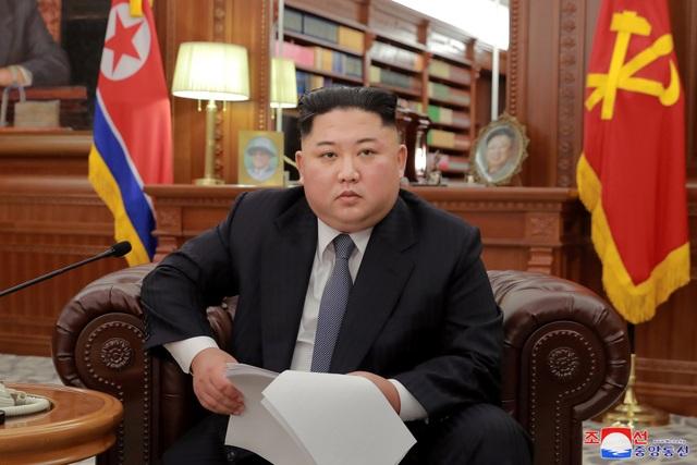 Nhà lãnh đạo Kim Jong-un đọc diễn văn năm mới hôm 1/1. (Ảnh: Reuters)