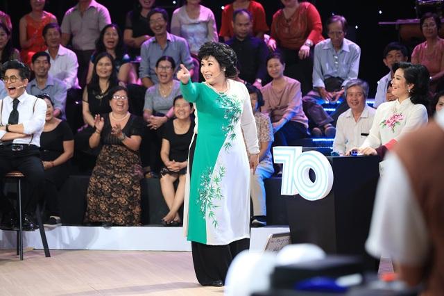 NSND Hồng Vân tiết lộ, vai diễn phụ trong phim Ngọc trong đá chính là vai diễn bước ngoặt trong nghiệp diễn xuất của Việt Trinh. (Ảnh: Lê Nhân)