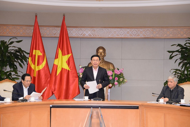 Phó Thủ tướng Vương Đình Huệ yêu cầu bằng mọi biện pháp cả về hình sự, kinh tế, phải chiếm lĩnh thị trường tín dụng, triệt tiêu nạn tín dụng đen đang hoành hành.
