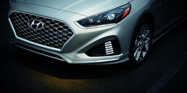 Hyundai chuẩn bị ra Genesis SUV và Sonata hoàn toàn mới - 1