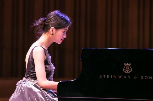 Nghệ sĩ Trần Lê Bảo Quyên (pianist).