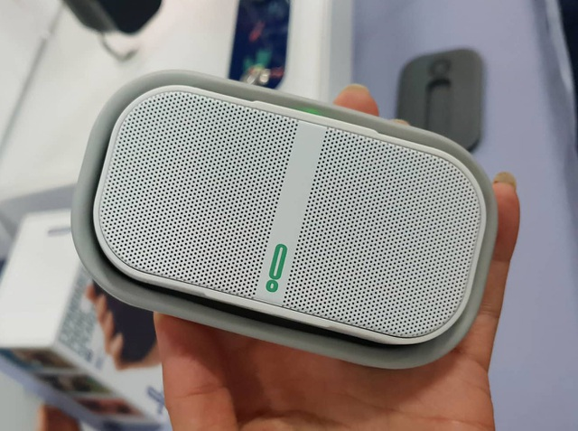CES 2019: Ngắm mẫu loa di động có thể thò thụt độc đáo của Pow Audio - 3