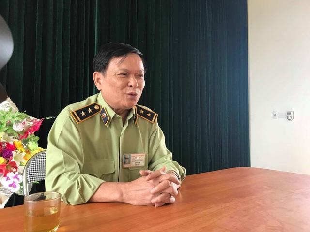 Ông Nguyễn Mạnh Hùng - Đội trưởng Đội QLTT số 8 chia sẻ sự việc.