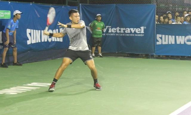 Tay vợt số 1 của chủ nhà Việt Nam Lý Hoàng Nam đã thắng ngay trong trận mở màn giải đấu sau lễ khai mạc