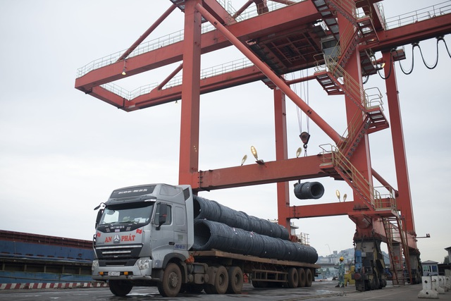 Hòa Phát đạt sản lượng gần 2,4 triệu tấn thép xây dựng năm 2018 - 2