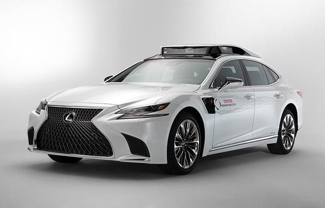 Toyota hân hoan giới thiệu thành tựu mới cho xe tự lái: Cốp rộng hơn - Ảnh 1.