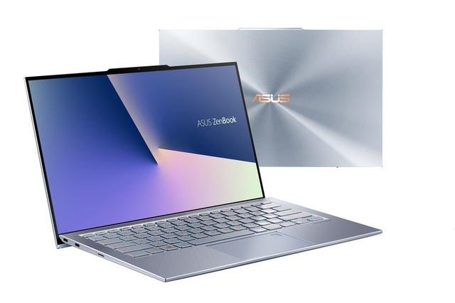 """ZenBook S13 với kiểu thiết kế """"tai thỏ"""" để bố trí webcam ở phía trước"""