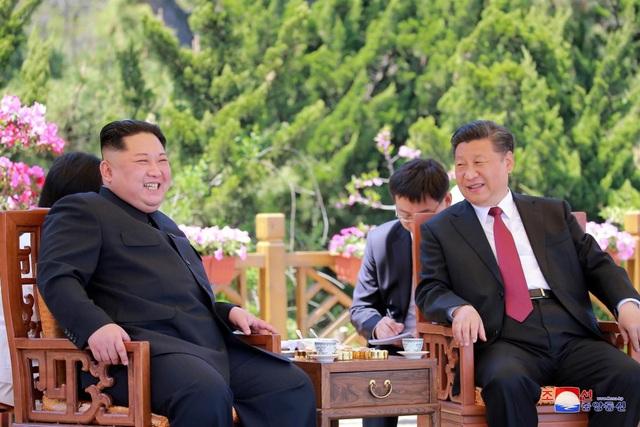 Ông Kim Jong-un bí mật đến Trung Quốc trong đêm - Ảnh 1.