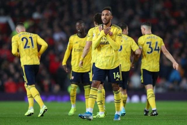 Man Utd 1-1 Arsenal: Chia điểm, chia thất vọng - 22