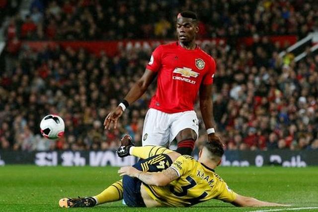 Man Utd 1-1 Arsenal: Chia điểm, chia thất vọng - 12