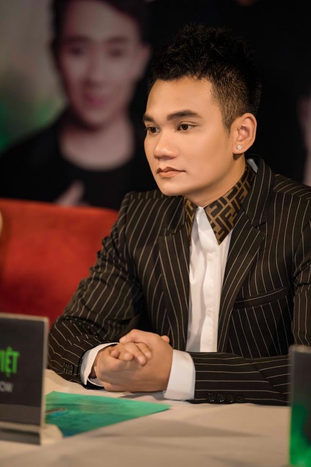 """Khắc Việt: """"Tôi có thể nhường cho Khắc Hưng mọi thứ mà tôi có"""" - 1"""