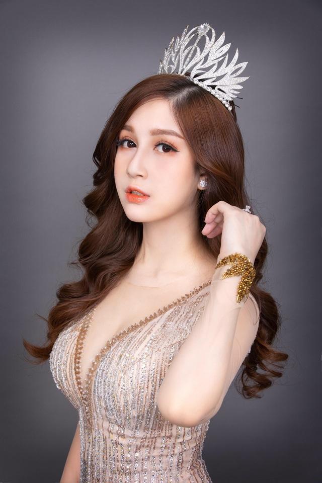 Doanh nhân Sophie Lê Trang dành cú đúp giải thưởng tại Festival Beauty Awards 2019 - 2