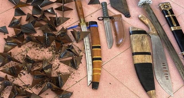 Đôi vợ chồng cầm đầu ổ nhóm tín dụng đen, tàng trữ hơn 50 viên đạn - 3