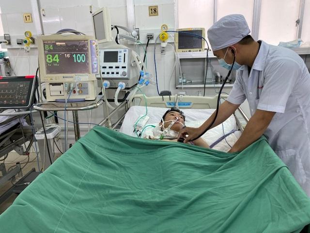Cần Thơ: Báo động đỏ cứu sống thiếu nhiên 15 tuổi đột ngột ngừng tim, ngừng thở - 1