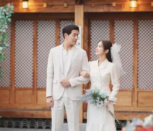 """""""Gái ế"""" Jang Nara hạnh phúc với cuộc sống độc thân vui vẻ - 4"""