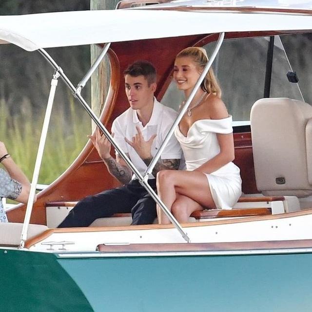 Justin Bieber và Hailey Baldwin đã chính thức trở thành vợ chồng! - 1