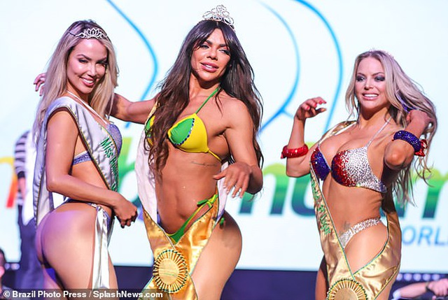 Hé lộ cô gái có vòng ba đẹp nhất thế giới - 8