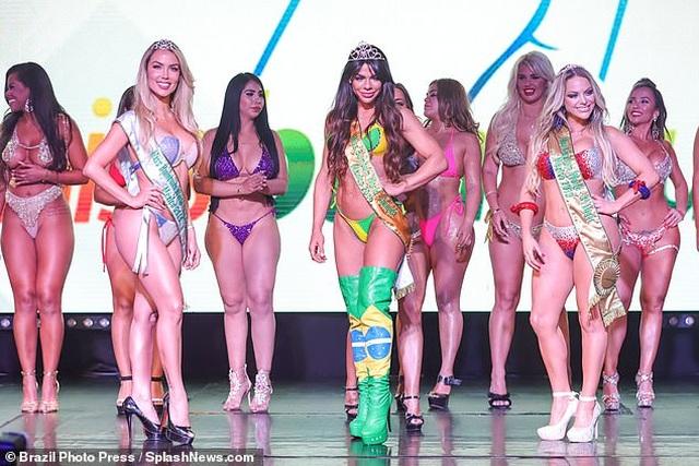 Hé lộ cô gái có vòng ba đẹp nhất thế giới - 3